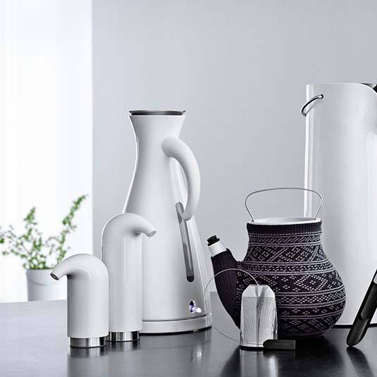 <i>Kitchen accessories</i><span>eva solo</span>