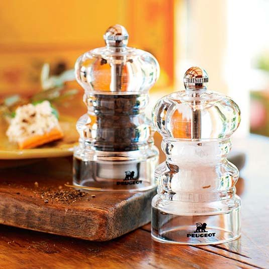 <i>Salt & Pepper Grinder</i><span>Peugeot</span>